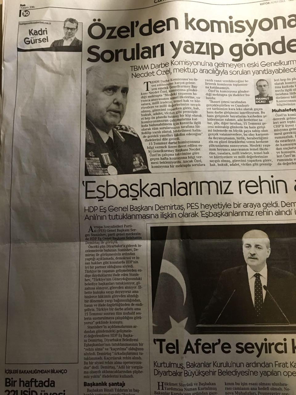 Cumhuriyet journalists' columns left empty after their arrest